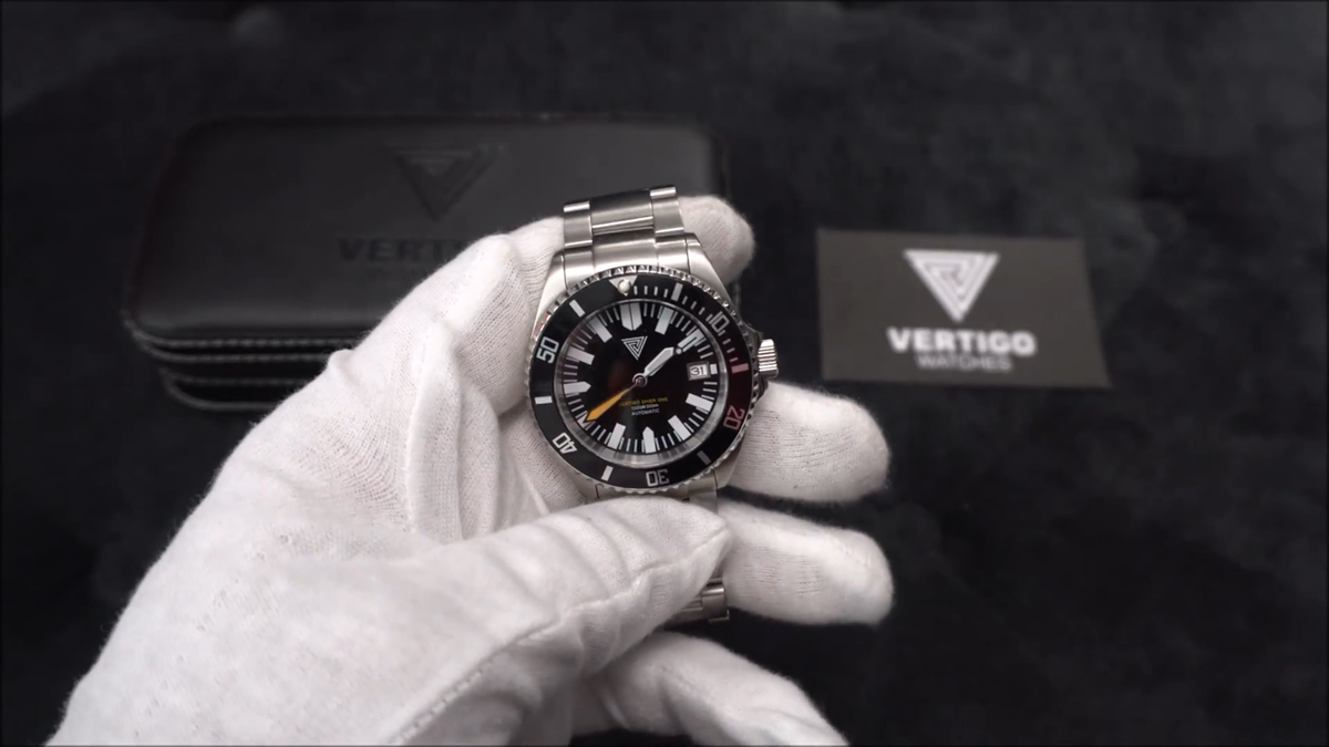 Vertigo Diver One & 679 Straps Review-Straps With Lume!!! (ENGLISH)