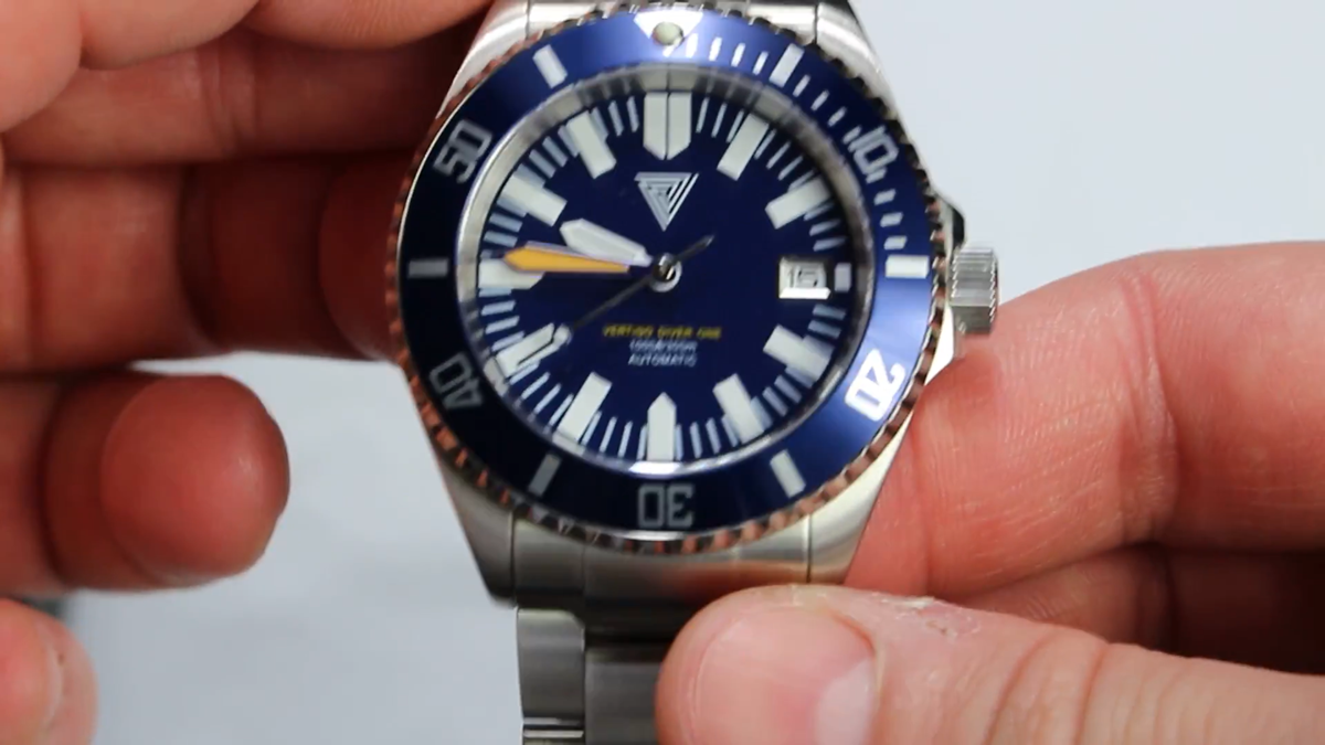 Best Watch ever under $250 Unboxing Vertigo Diver One (ENGLISH)